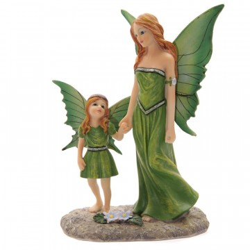 Fairy Walking with Child av Lisa Parker 22 cm
