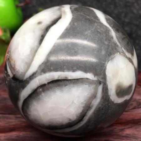 Thousen Eye Stone